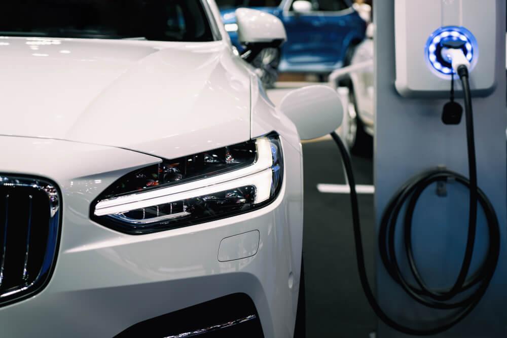 Tehnicki pregled za elektricna vozila i hibride